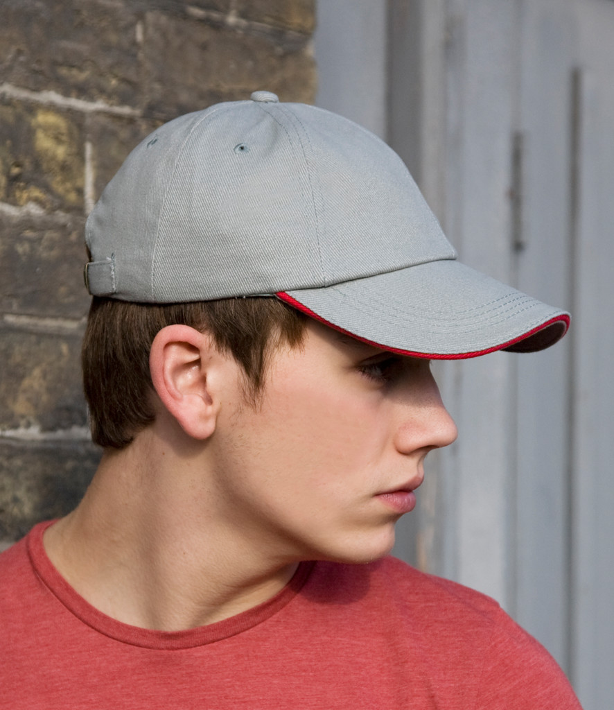 Result Low Profile Heavy Brushed Cotton Cap With Sandwich Peak