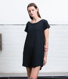 Mantis Ladies Loose Fit T-Shirt Dress
